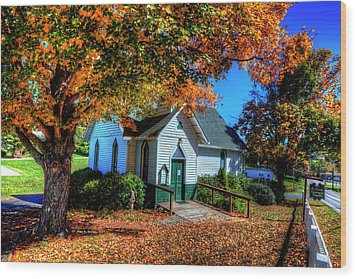 St Mary's Church Wood Print by Dale R Carlson