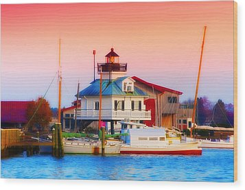 St. Michael's Lighthouse Wood Print by Bill Cannon