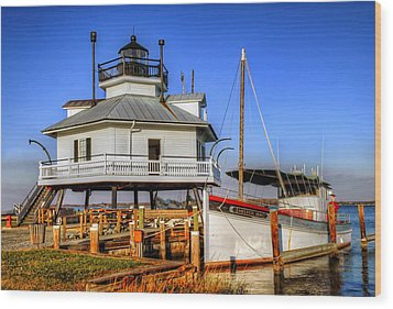 St Michaels Lighthouse Wood Print by Dave Mills