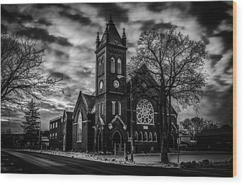 St Pauls United Church Milton  Black And White Wood Print