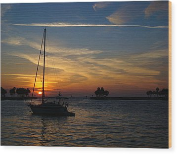 St. Petersburg Sunrise Wood Print