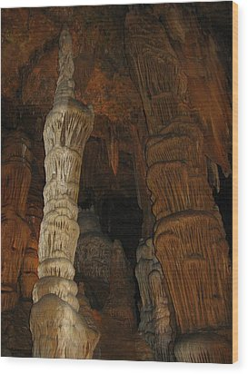 Stalacmites In Luray Caverns Va  Wood Print