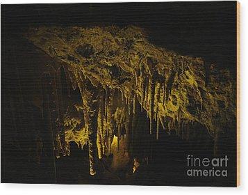 Stalactites Wood Print by Oscar Moreno