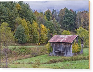 Tenessee Roadside Barn Wood Print by Rick Dunnuck