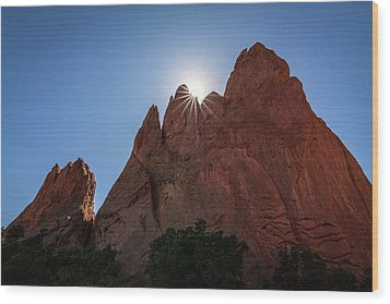 Standstone Sunburst - Garden Of The Gods Colorado Wood Print