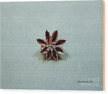 Star Flower Wood Print by Stan Mowatt