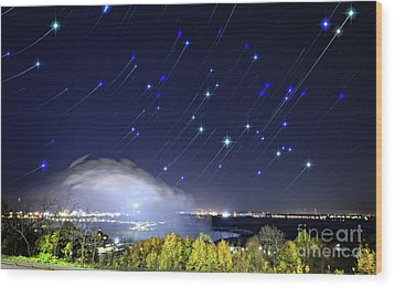 Wood Print featuring the photograph Star Trails Over Niagara River by Charline Xia