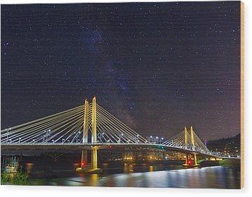 Star Trek Bridge Wood Print by David Gn