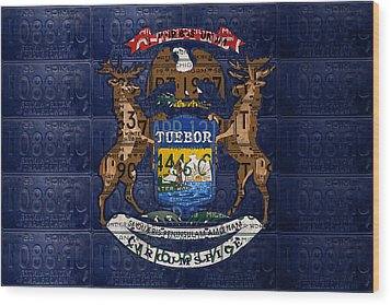 State Of Michigan Flag Recycled Vintage License Plate Art Version 1 Wood Print by Design Turnpike