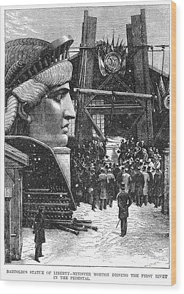 Statue Of Liberty, 1881 Wood Print by Granger