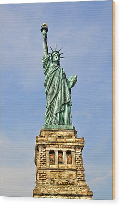 Statue Of Liberty Front View Wood Print by Randy Aveille