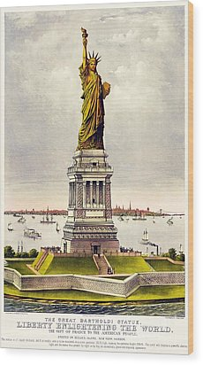 Statue Of Liberty Wood Print by Pg Reproductions