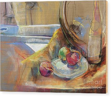 Still Life With Onions Wood Print by Daun Soden-Greene