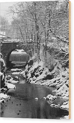 Stone-bridge Wood Print by John Scates