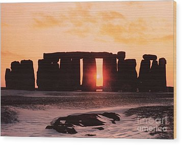 Stonehenge Winter Solstice Wood Print by English School