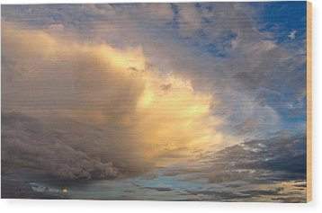 Storm Approach Wood Print by Sean Griffin