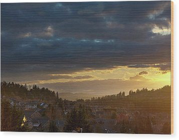 Storm Clouds Over Happy Valley During Sunset Wood Print by David Gn
