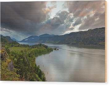 Storm Clouds Over Hood River Wood Print by David Gn