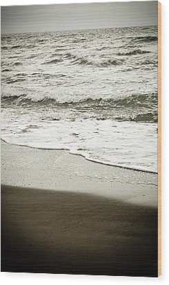 Wood Print featuring the photograph Storm Coast Black And White by Frank Tschakert