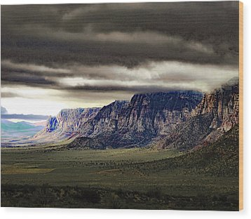 Stormy Morning In Red Rock Canyon Wood Print
