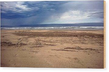 Stormy Nye Beach Wood Print by Jerry Sodorff