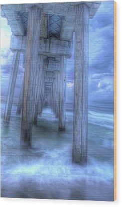 Stormy Pier 1 Wood Print by Larry Underwood