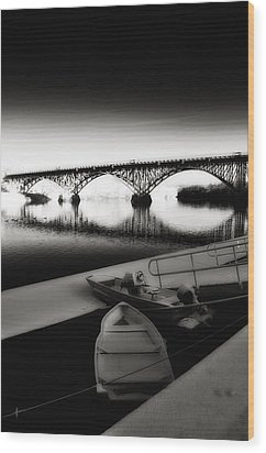 Strawberry Mansion Bridge In Winter Wood Print by Bill Cannon