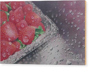 Strawberry Splash Wood Print by Pamela Clements