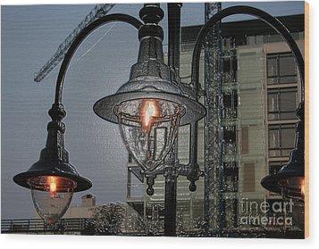 Street Lamp Wood Print by Yavor Kanchev