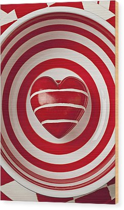Striped Heart In Bowl Wood Print by Garry Gay