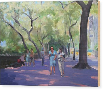 Strolling In Central Park Wood Print by Merle Keller