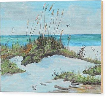 Sugar White Beach Wood Print