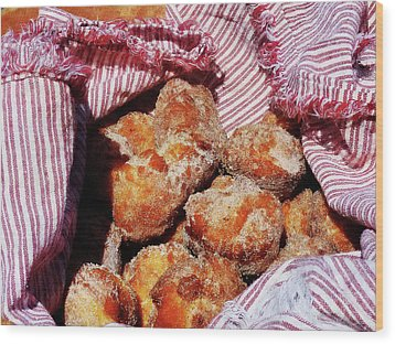 Sugared Donut Holes Wood Print by Susan Savad