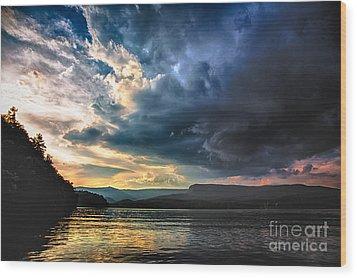 Summer At Lake James Wood Print by Robert Loe