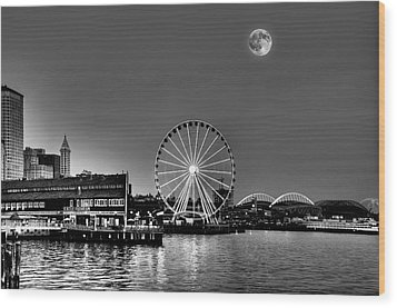 Summer Eve On The Seattle Waterfront Wood Print