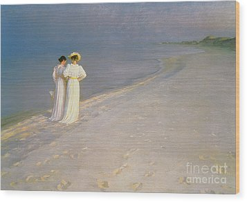 Summer Evening On The Skagen Southern Beach With Anna Ancher And Marie Kroyer Wood Print by Peder Severin Kroyer