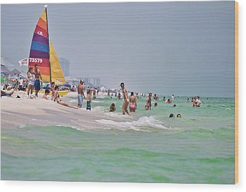 Summers Day On Pensacola Beach Wood Print by Ray Devlin