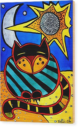 Sun And Moon - Honourable Cat - Art By Dora Hathazi Mendes Wood Print