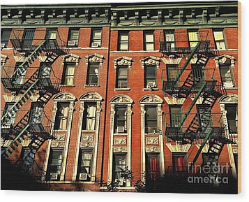 Sun And Shadow - The Rhythm Of New York Wood Print