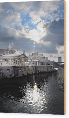 Sun Burst Over The Fairmount Water Works Wood Print by Bill Cannon