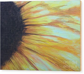 Sun Flower Wood Print by Sheron Petrie