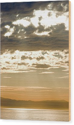 Sun Rays And Clouds Over Santa Cruz Wood Print by Rich Reid