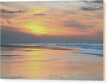 Sundown At Race Point Beach Wood Print by Roupen  Baker