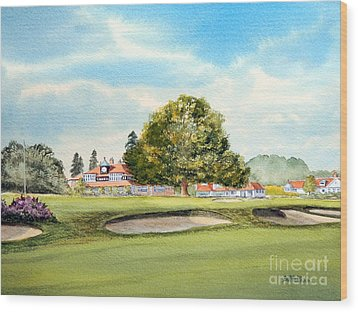 Wood Print featuring the painting Sunningdale Golf Course 18th Green by Bill Holkham