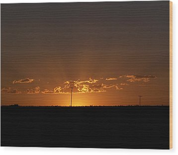 Sunrise 2 Wood Print by Travis Wilson