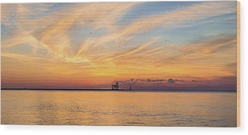 Wood Print featuring the photograph Sunrise And Splendor by Bill Pevlor