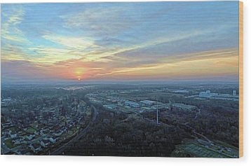Sunrise At 400 Agl Wood Print by Dave Luebbert