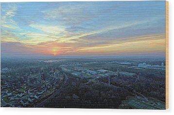 Sunrise At 400 Agl Wood Print by Dave Luebbert