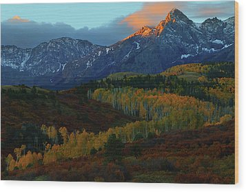 Wood Print featuring the photograph Sunrise At Dallas Divide During Autumn by Jetson Nguyen