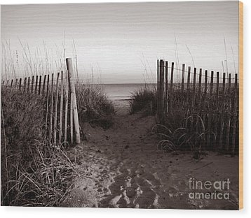 Sunrise At Myrtle Beach Sc Wood Print